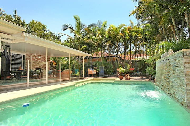 Tropical paradise -Bed and Breakfast -Pet friendly