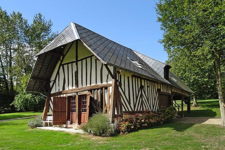 4 star holiday home in Les Authieux-sur-Calonne