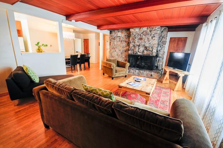 Tahoe Vista 2 Bedroom Apartment - for 6+