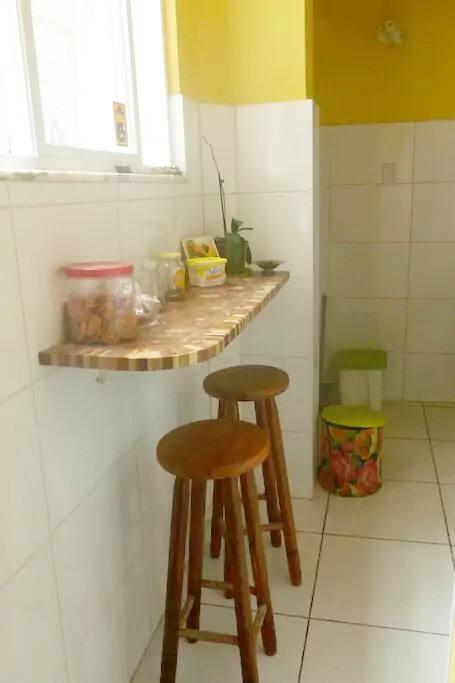 bancada de marchetaria da cozinha