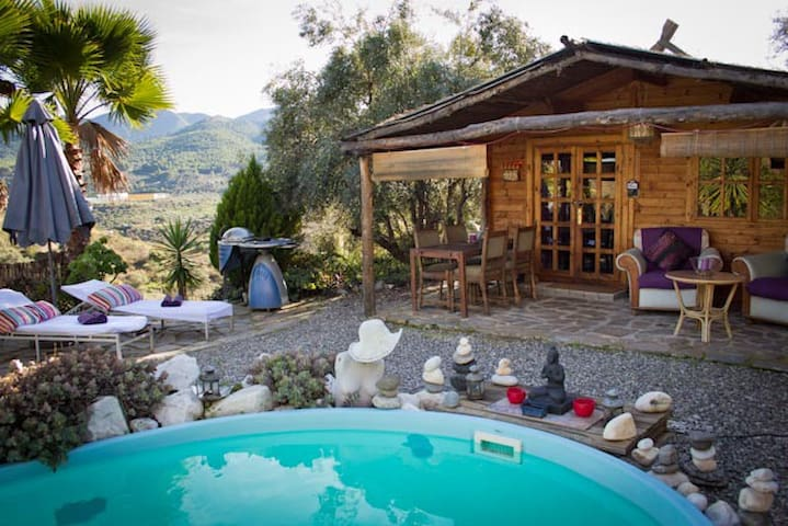 Romantic wooden Cabin with pool:CTC-(PHONE NUMBER HIDDEN) - Monda - Srub