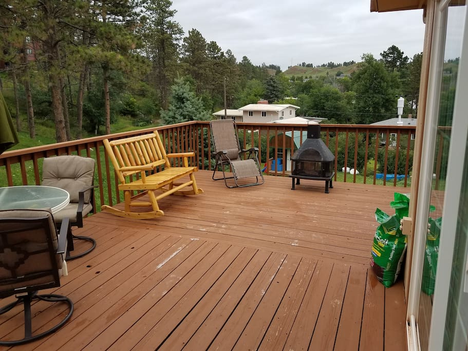 Lots of back patio space for entertaining or taking in the view