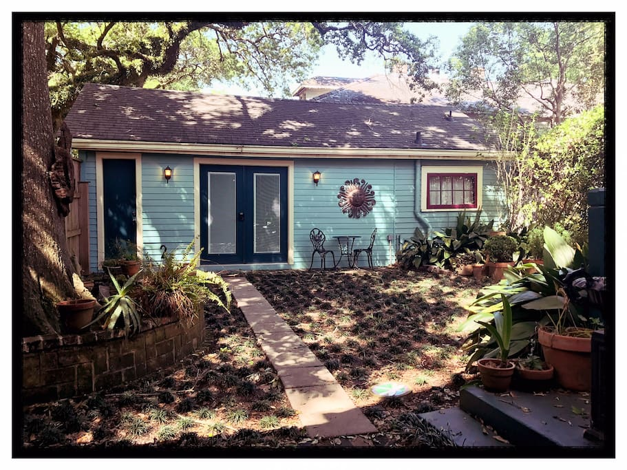 The guesthouse under the beautiful oaks of Opelousas.