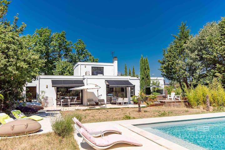 Sud-Ardèche,Labeaume,  Piscine&Spa. ,2ème chambre.