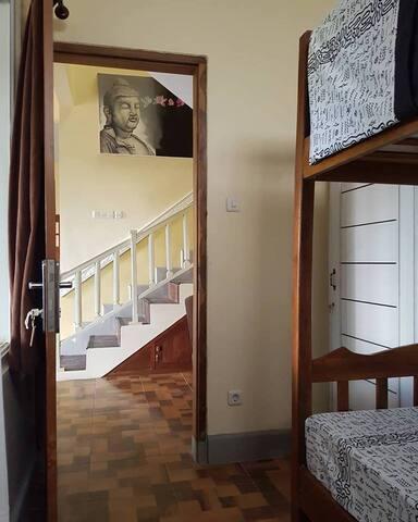 Step-bed, Basement