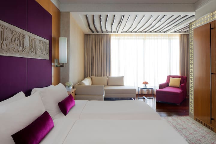 Arabesque Deluxe Twin Room | Breakfast Included