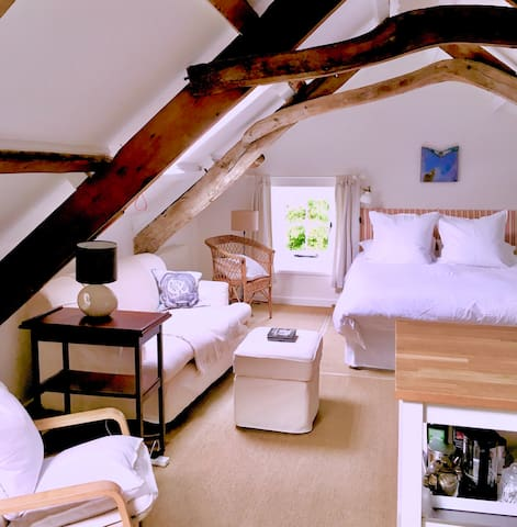 Photo showing the rear end of the attic suite.