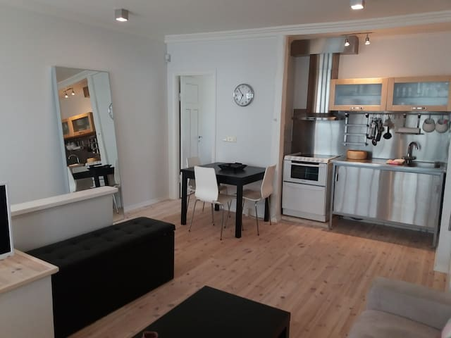 Perfect central one bedroom apartment