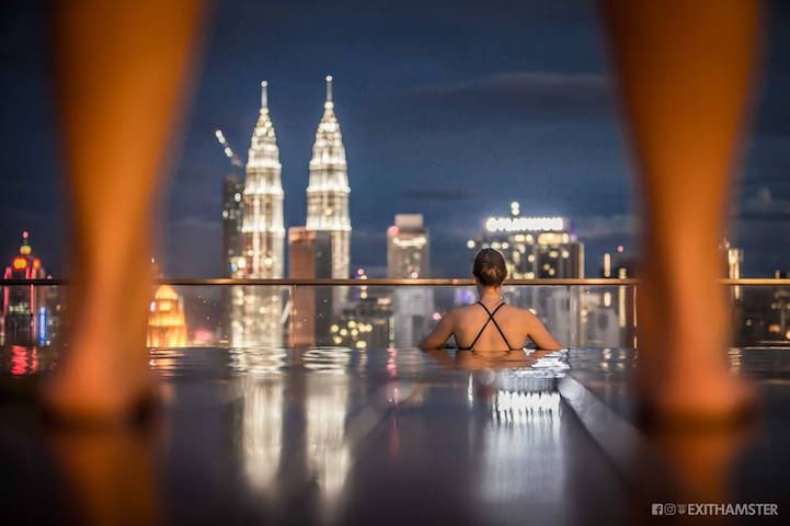 Blissful Family KLCC View Infinity Pool @ KL City
