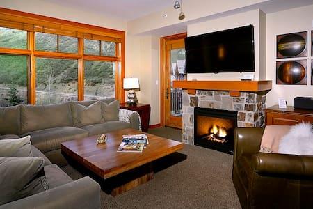 NEW CAPITOL PEAK LUXURY CONDO/APT - Snowmass Village