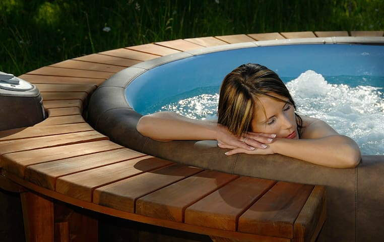 Special price: HOT TUB - Burići