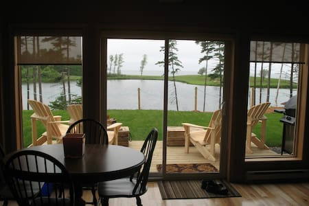 Two Bedroom Executive Chalet at Pictou Lodge - Pictou - Chalupa