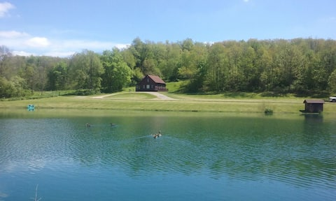 Quiet,peaceful,location in Amish Country (NO PARTIES)