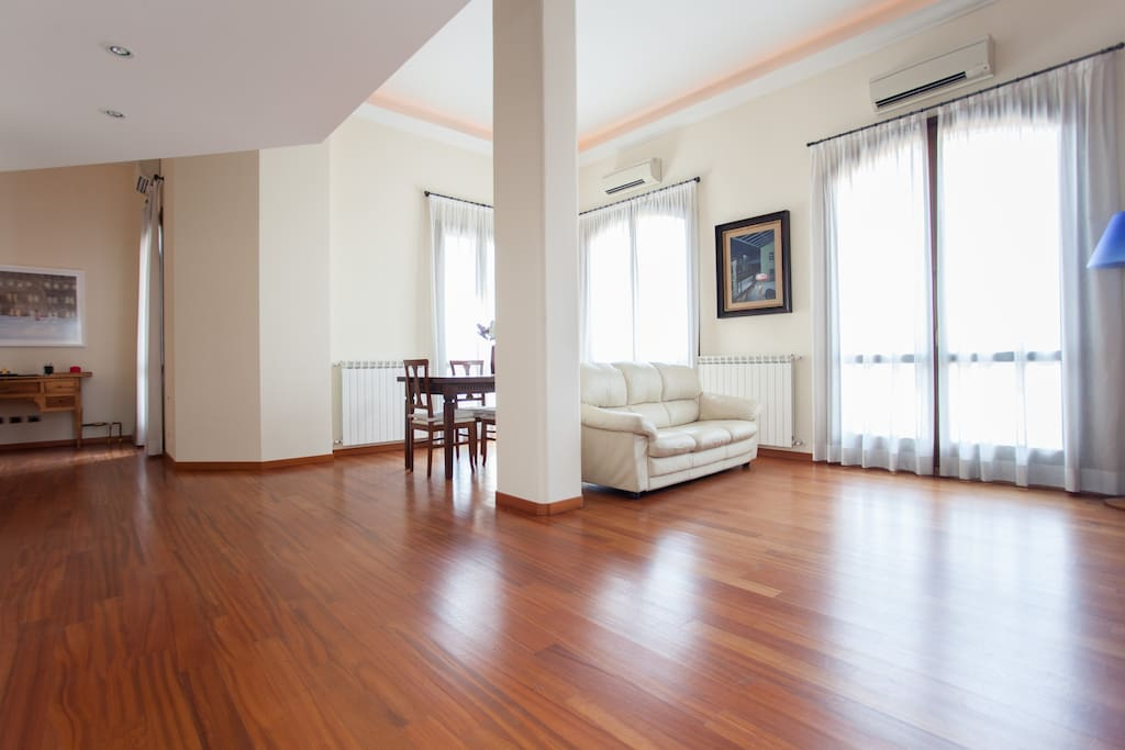 Luxury loft navigli tortona loft in affitto a milano for Loft a milano in affitto
