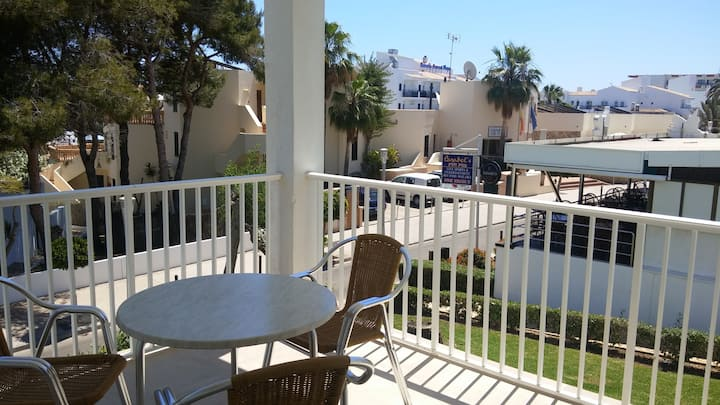 Apartment 1 min away from the beach