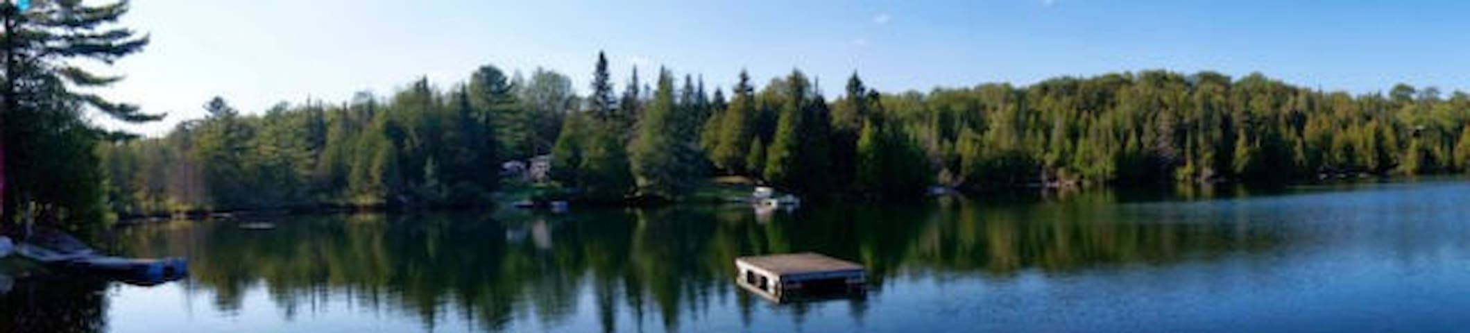 Cottage for rent on quiet lake - Duclos - Casa de campo
