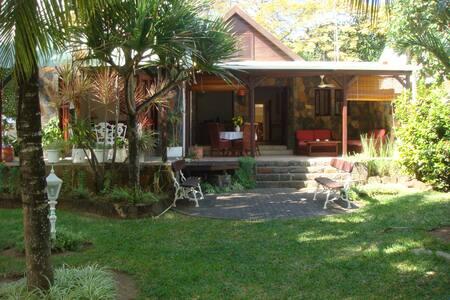 Jenny's Cottage - Grand Gaube - 平房