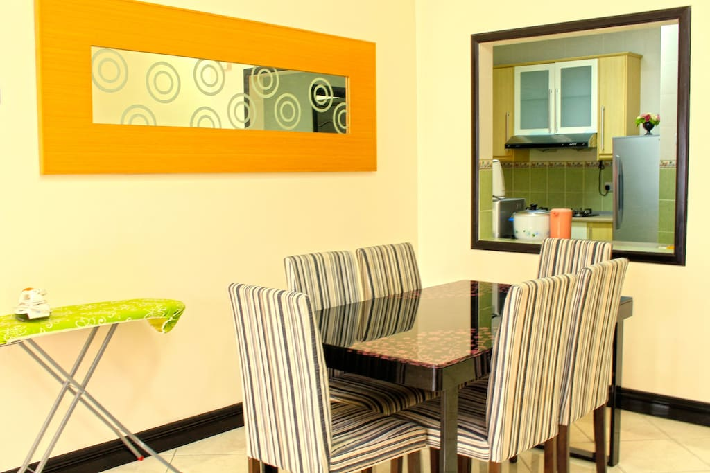 3Bedroom Pool View Apartment- Dining Area