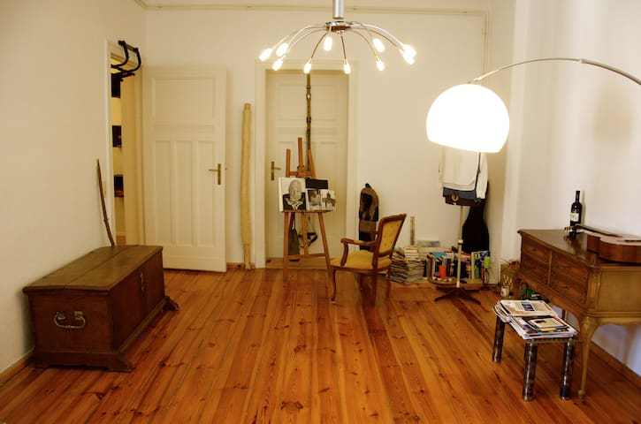 Privat room - central and quiet - Berlin - Flat