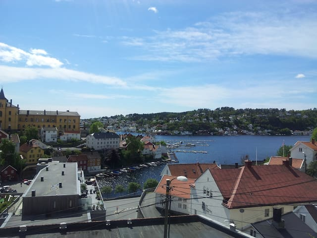 Cosy house in the senter of Arendal - Arendal - Rumah