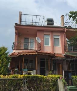 Çanakkale Dardanos'ta çatı katı - Çınarlı - Vindsvåning