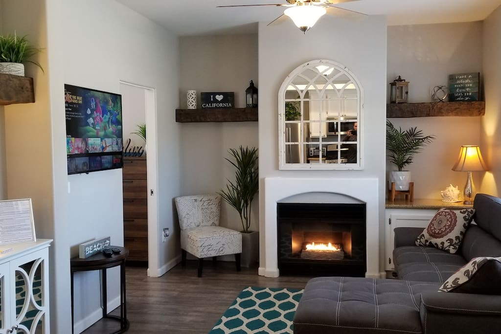 On the left side of the fireplaces is a simple ON/OFF switch for starting a nice cozy fire!