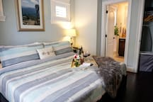 From the bedroom to the bathroom, it is all within reach and has all the amenities you need to provide the best stay possible while in Orlando.