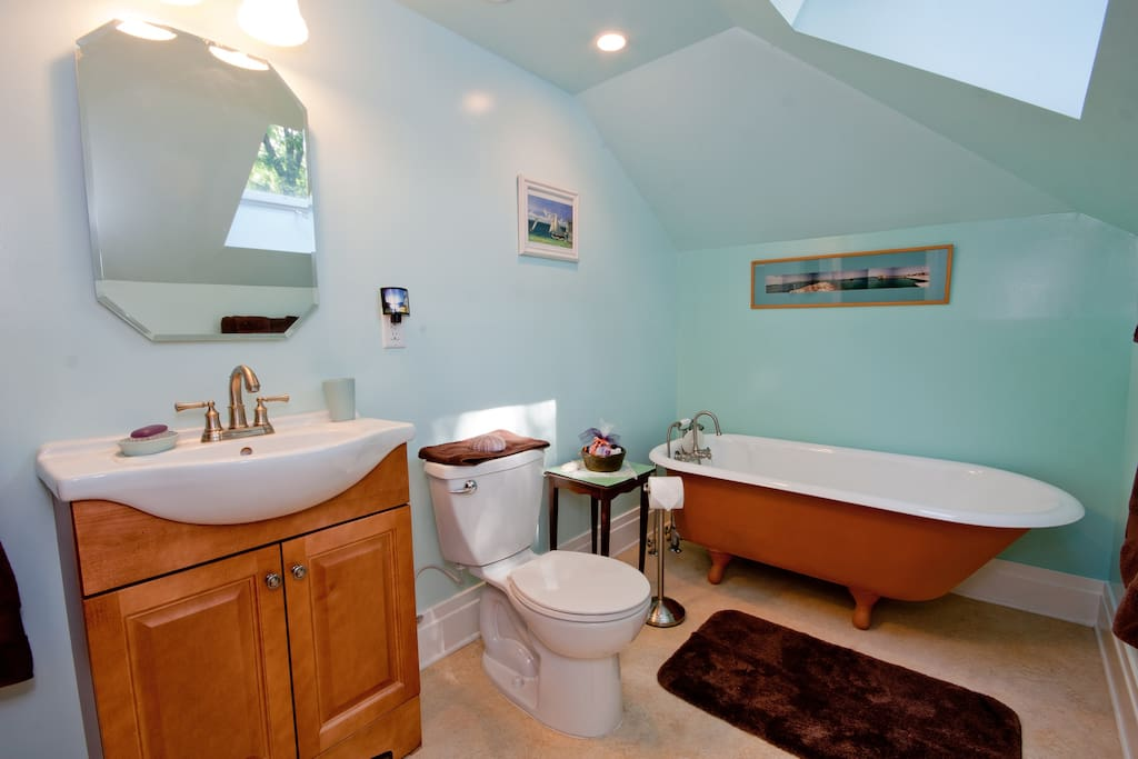 newly remodeled guest bathroom