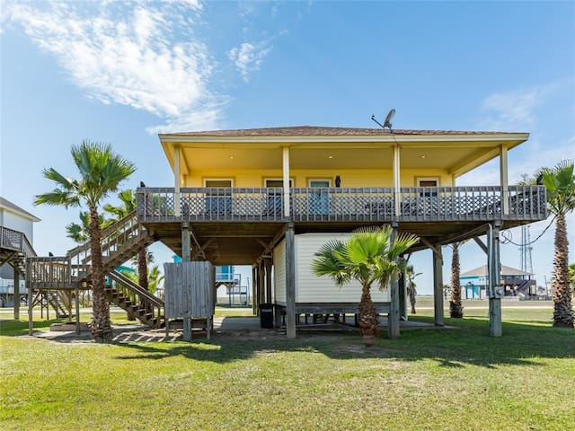 4 Bedroom Freeport beach house  with a view