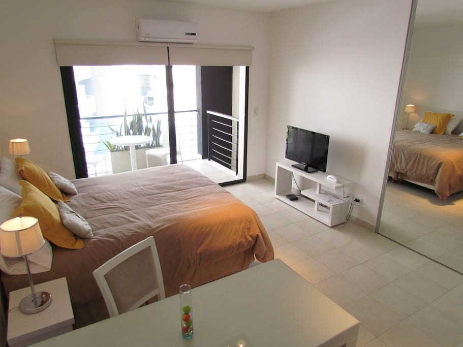 Fully  equiped bedroom with queen size bed (option to separate and have two twins) 32¨ LCD TV with Cable.