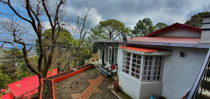 Upper Mall Road - Bungalow-Kasauli - 2Days +1 Off