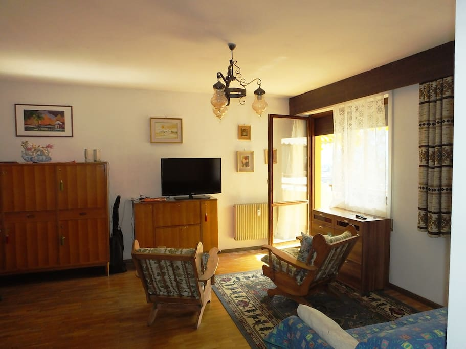 Ampio appartamento soleggiato appartamenti in affitto a for Appartamenti in affitto a merano