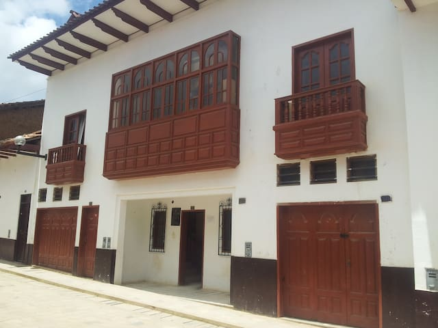 Cheap,comfortable and best location - Chachapoyas - Maison