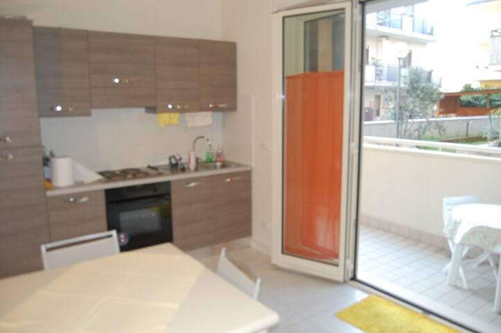 Appartamento al mare di Pineto - Pineto - Bed & Breakfast