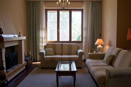 Villa con giardino in Toscana - Pozzo della Chiana - บ้าน