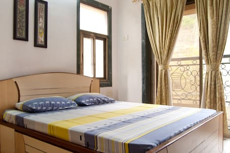 Comfortable Room close to nature