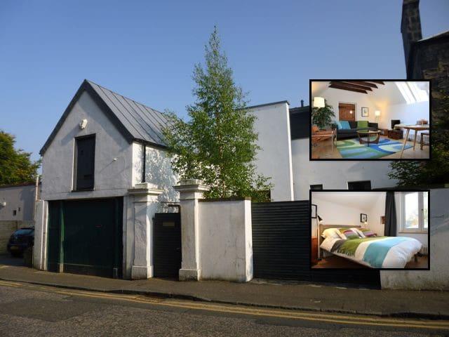 Stylishly Converted Coach House - Edimburgo - Casa