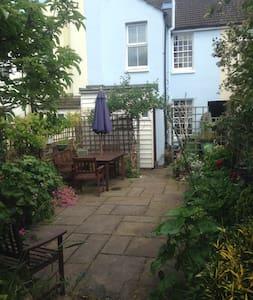 Perfect holiday home in Faversham - Faversham - Huis