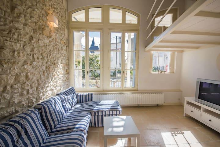 Villa Belle Epoque spacieuse standing 80 m plage - Royan - Villa