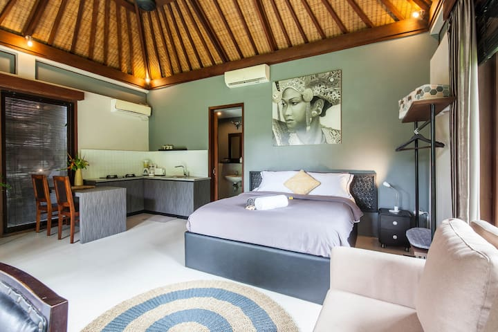 COZY STUDIO ROOM WITH SHARING POOL IN CANGGU AREA