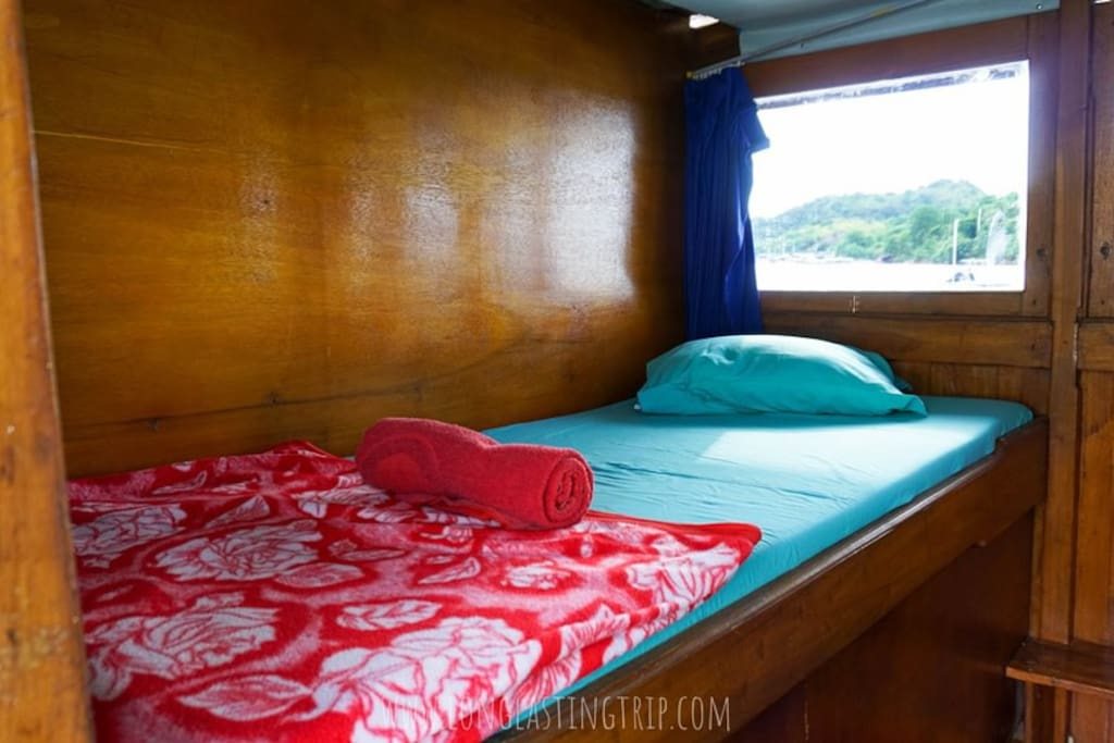 Single Bed (Second Cabin)