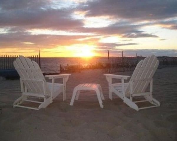 Direct OceanFront 2 bedrm 2 Bath - North Truro