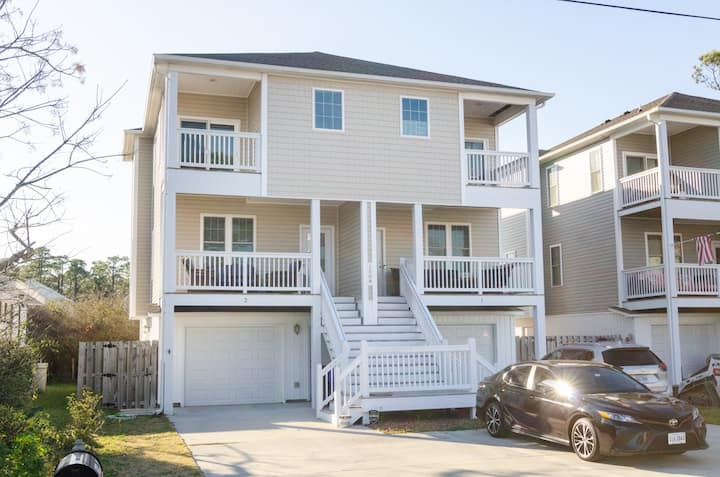 Pinfish Palace-Private townhome that is a short walk to the beach