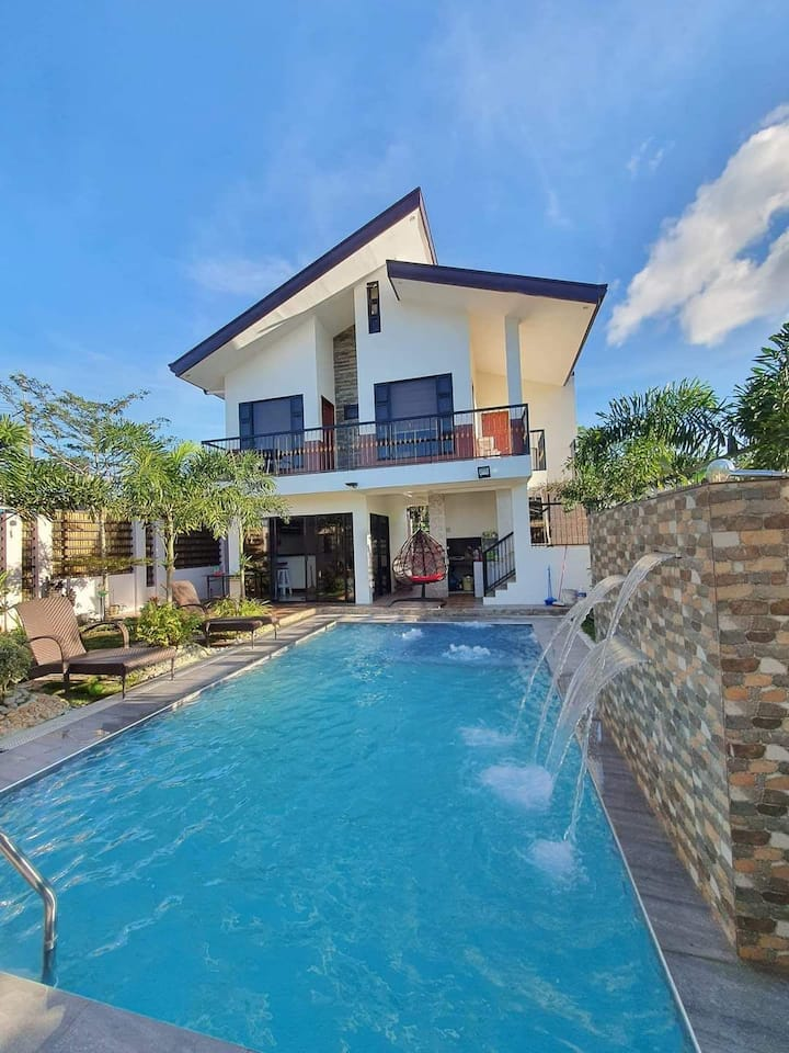 A classy and stylish private resort in tagaytay