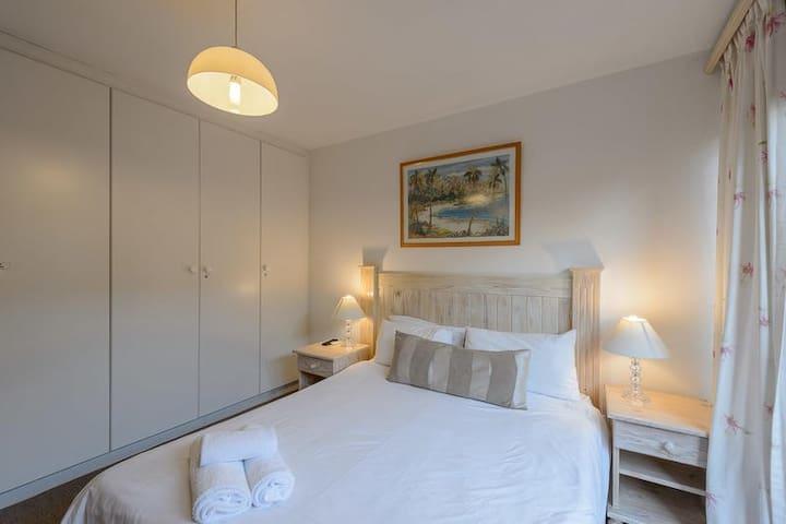 Four Bedroom Standard 2813