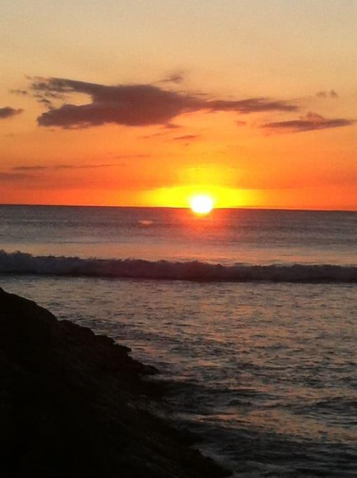 Exemple de coucher de soleil pris de la terrasse de la maison