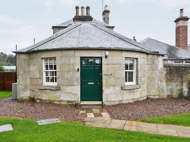 Ray Bells Cottage, Charming Romantic Cottage for 2