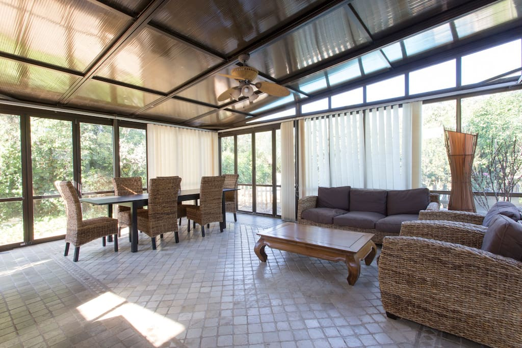Chalet con piscina y barbacoa maisons louer for Piscina 9x4
