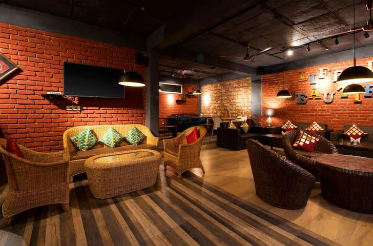 2 Bedrooms Boutique   Mussoorie Weekend Getaways