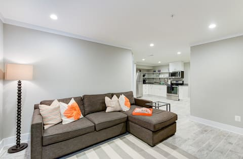 Spacieux appartement neuf à proximité de DC et Univ. de MD
